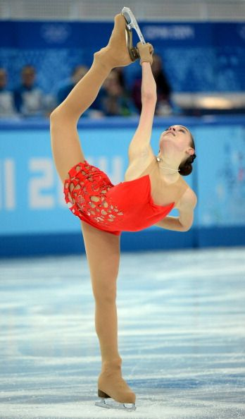 Adelina Sotnikova - Short Program - Sochi 2014