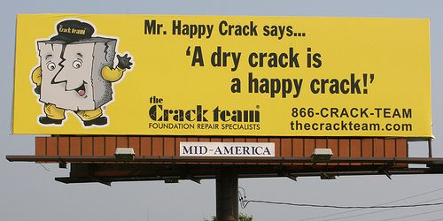 This billboard stopped me in my 'tracks'...Hilarious Signs, Funny Signs, Happy Crack, Funny Ads, Funny Bones, Ads Funny, Funny Stuff, Crack Happy, 10 Hilarious