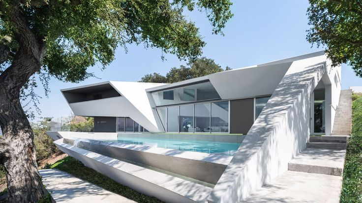 Arshia Architects completes angular white residence in Hollywood Hills