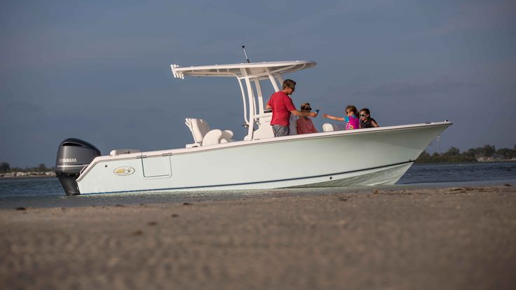19 best ultra 225 2015 images on pinterest boating for Family fishing boats