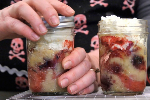 cakes in a jar. this would be fun to do cupcake style in little mason jars for a birthday party.