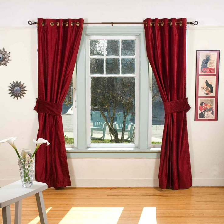 Beautiful burgendy curtains burgundy curtains black for Black and burgundy bedroom ideas