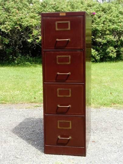meuble m tallique ron o vintage classeur m tallique marque roneo paris des ann es 30 40. Black Bedroom Furniture Sets. Home Design Ideas