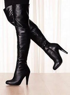 """Hi Divas,  Represents winter boots """"Over knee Boot"""" femininity and elegance title for winter 2015. The Germans women's magazine """"Elle"""" explained that mesh nicely with jeans sticking to the body, so that is inserted in the boot, to be wearing sweaters XXL size to view Casual liberal. For views pronounce kindness and femininity …"""