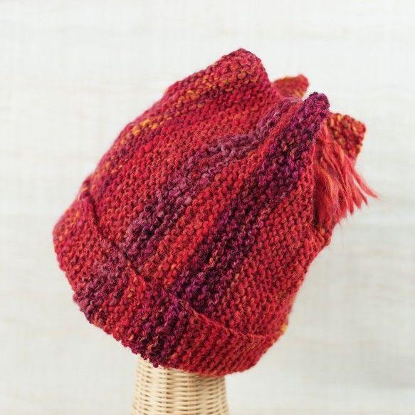 素材:羊毛(コリデール)使用糸量:102gフリーサイズ/長さ30㎝手紡ぎ糸の良さは、何と言っても、優しい風合いと暖かさです。伸縮性のある立体的な編み方で、頭の... ハンドメイド、手作り、手仕事品の通販・販売・購入ならCreema。