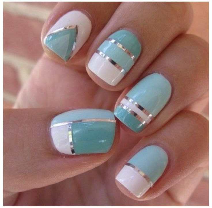 Aqua Nail Art: Aqua, White And Silver Graphic Design Nails