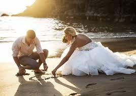 """Képtalálat a következőre: """"esküvői fotók konyhán"""""""