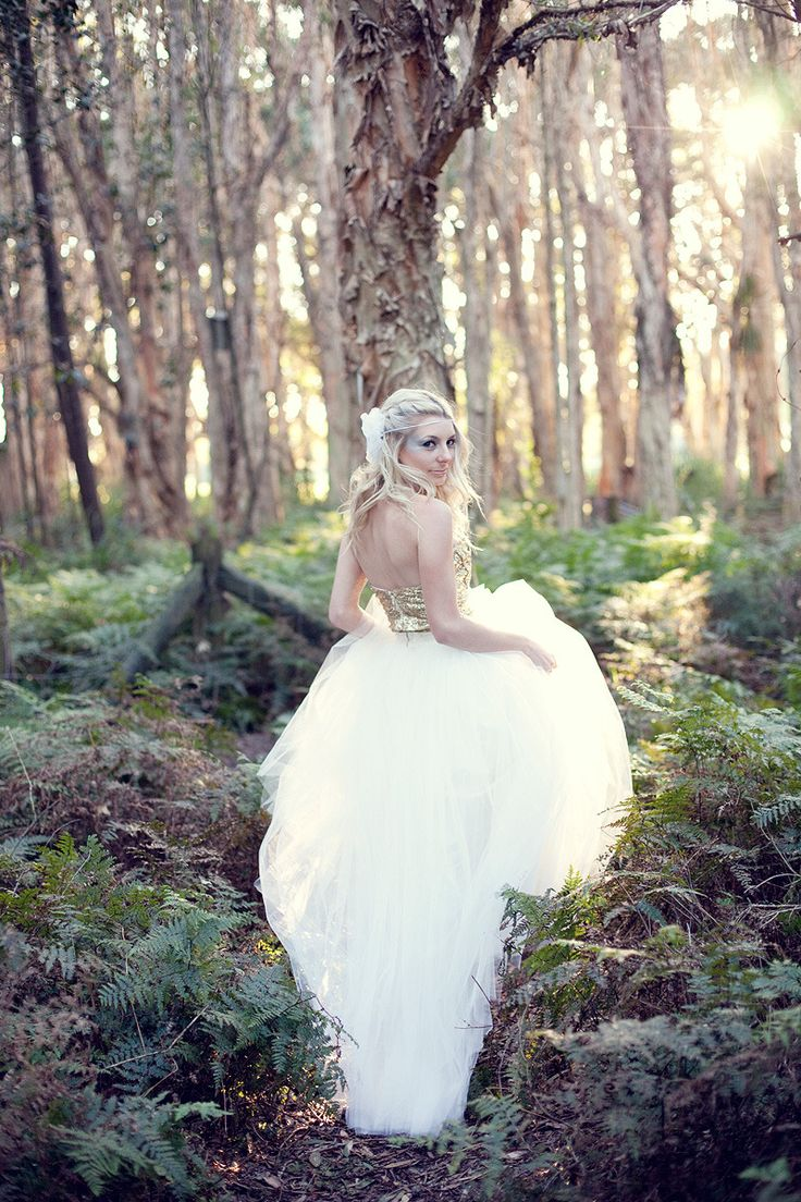wedding photos in the forest.... love it