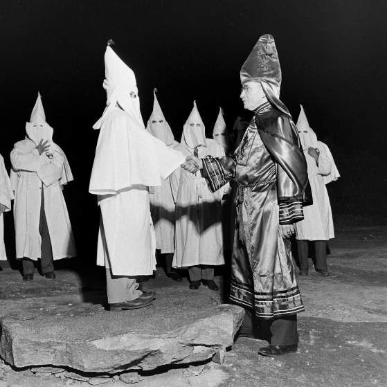 formation of the ku klux klan The ku klux klan was formed as a social club by a group of confederate army veterans in pulaski, tennessee in the winter of 1865-66 the group adopted the name ku klux klan from the greek word.