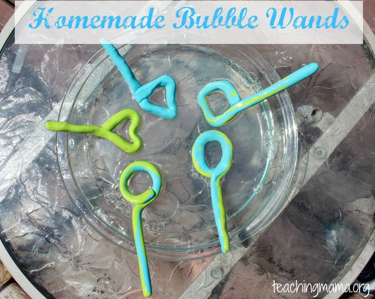 How Make a Bubble Wand and Bubble Solution