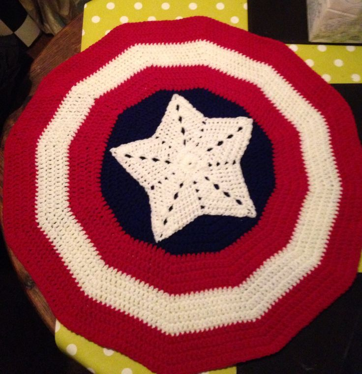 Captain America crochet blanket