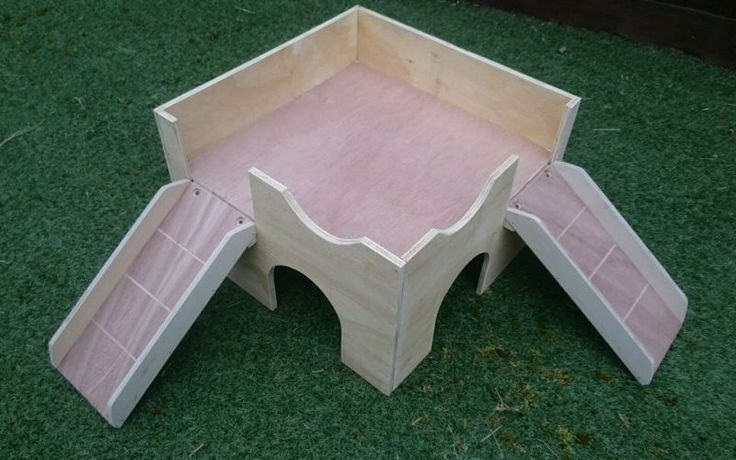 "(NEW CORNER DESIGN)TWO STOREY GUINEA PIG CASTLE SHELTER. (TWO RAMPS) 16""X16""X10"""