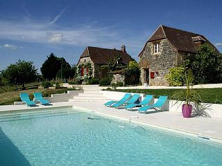 Gîte+de+charme,+piscine+turquoise+privée,+à+proximité+des+trésors+du+Périgord+++Location de vacances à partir de Périgord Noir @homeaway! #vacation #rental #travel #homeaway