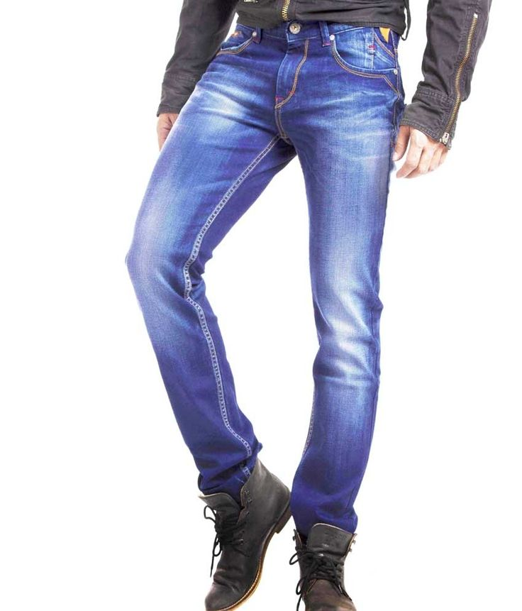 Loved it: Espada Blue Cotton Slim Fit Basics Jeans For Men, http://www.snapdeal.com/product/espada-blue-cotton-slim-fit/683757520811