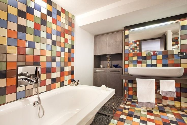 Love the tiles colors! Staid is sooo me and something I would do in my home!