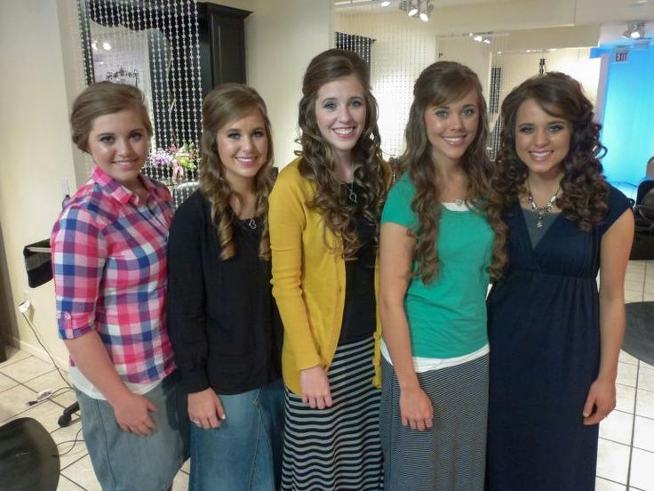 """Some """"19 Kids and Counting"""" fans are in favor of seeing Jinger Duggar break away from the TLC reality family."""