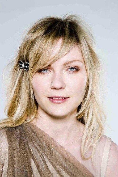 Kirsten Dunst #KikiDunst #MarieAntoinette #Jumanji #Movies #Actress #1990s #2000s #2010s #Blonde ItGirl #Interviewwithvampire #Melancholia #Photoshoot