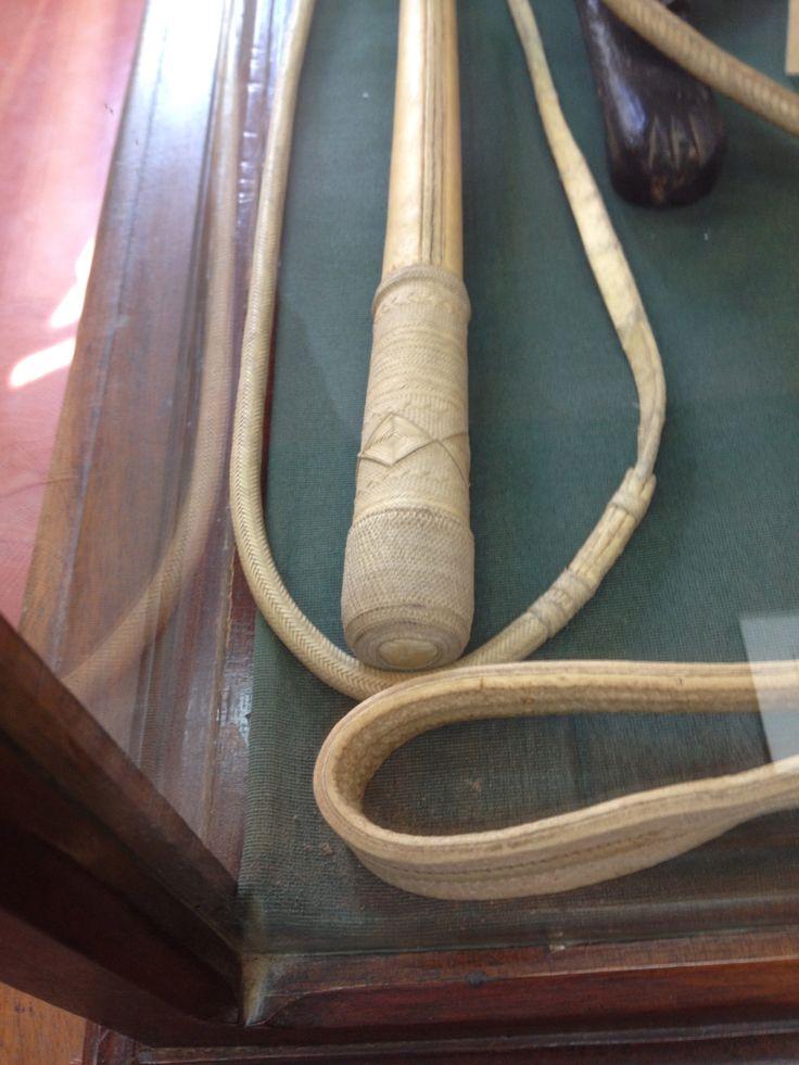 Cabo de arreador en 150 tientos por el soguero Aniceto Melo. En el Museo Guiraldes de San Antonio de Areco