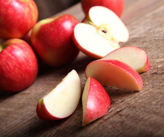 Os alimentos podem ser grandes aliados do nosso corpo e ajudam até a combate e evitar prováveis celulites. Ninguém gosta de ter aqueles 'furinhos' pelo corpo, n