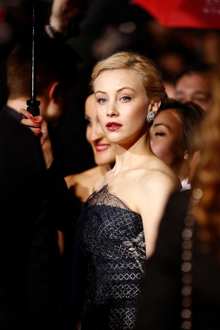 48 best Sarah beautiful Sarah images on Pinterest | Sarah gadon ...