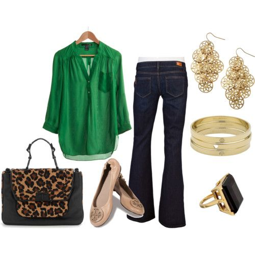 Blouse and jeans. Nude shoes.  kelly green top