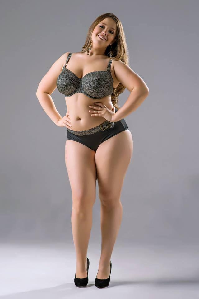 Viktoriia Manas Delicious Curvy Girl spodnje perilo-9825