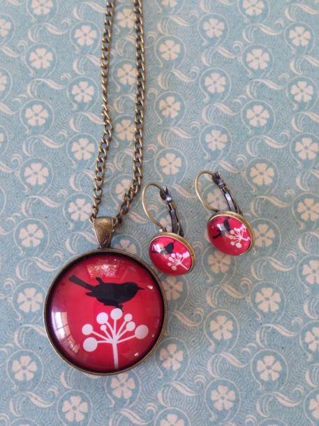 lolas super cute red and black pendant and earring set - Lolalolalola