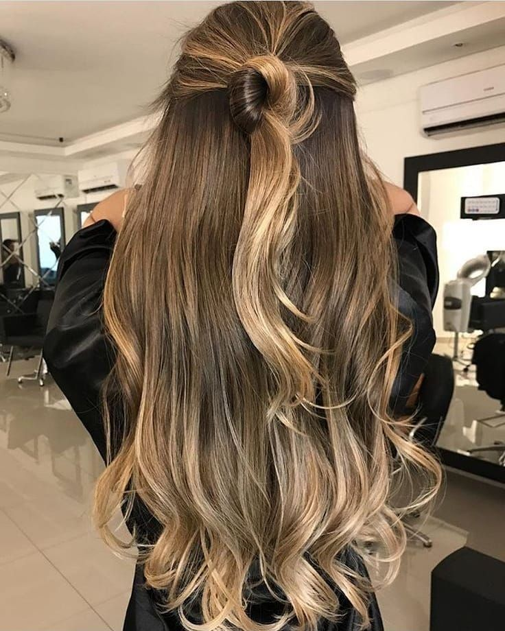 Inspiração 🤷🏼♀️💆🏼♀️💕. . . # cabelos longos #alterna …   – Hair laid to the Gawdz