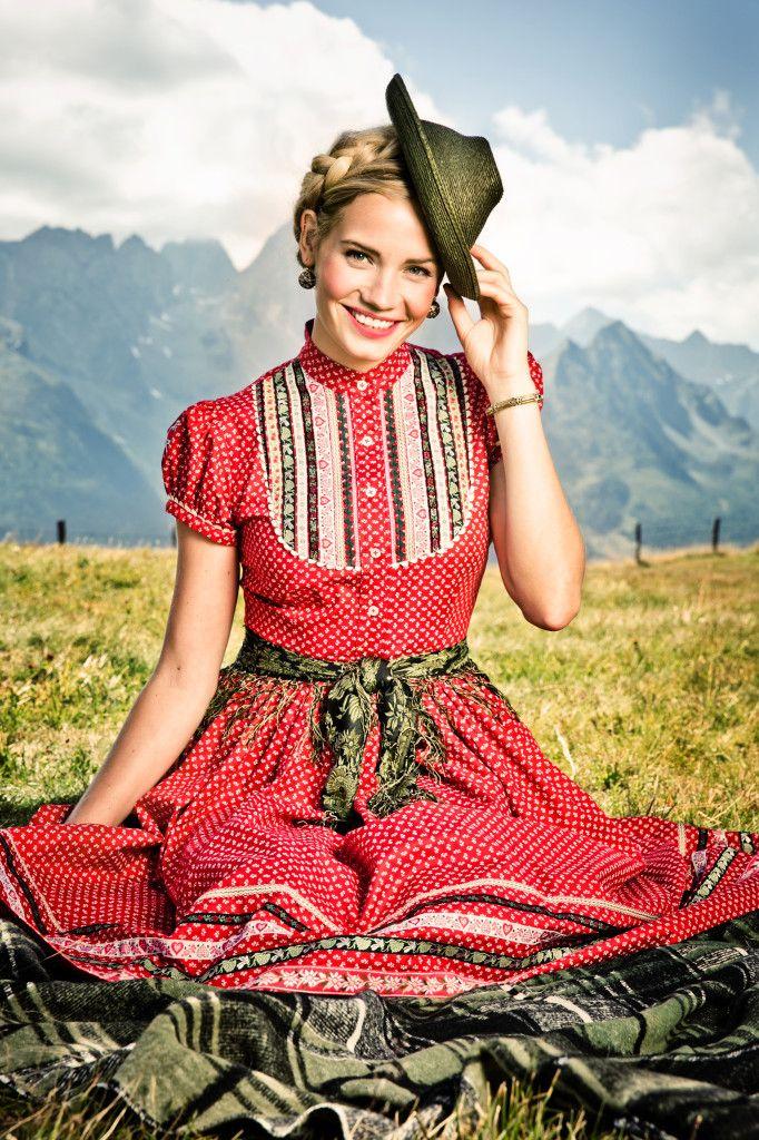 KLEID GRETL erdbeere - Lena Hoschek Dirndl Spring Summer 2014 - Lena Hoschek Tradition