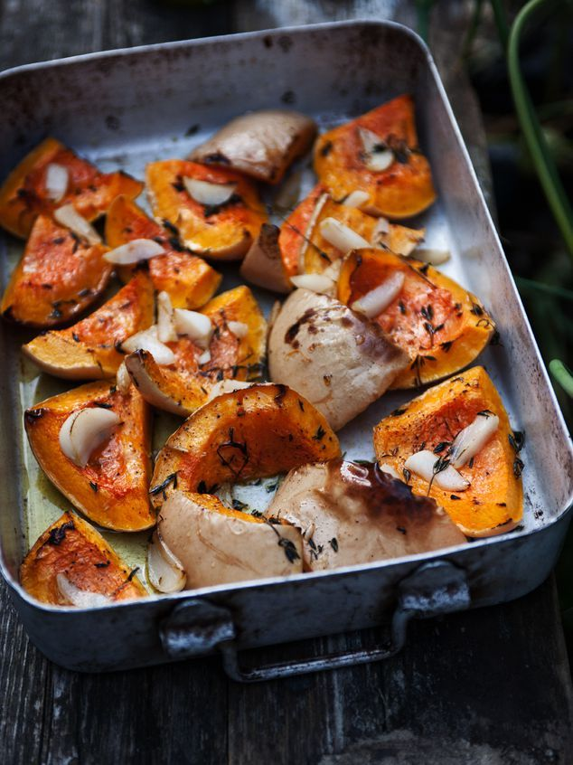 Salade met geroosterde flespompoen - Janneke Vreugdenhil/Jamie: http://www.nrcnext.nl/koken/2007/02/21/pompoen-uit-de-oven/