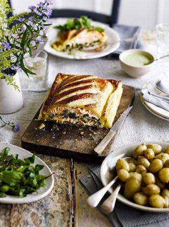 Salmon en croute | Jamie Oliver Zalm bladerdeeg spinazie