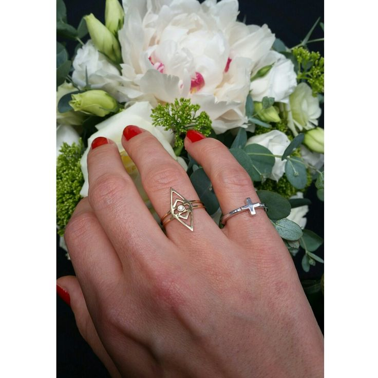Spring feelings.. Oculus 14 karat gold ring with a brilliant diamond together with our new Destiny ring in sterling silver. Let yourself shine #gittesoee #conscious #jewellery #design #Denmark #jewelry #smykker #fashion