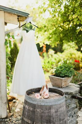Blog - Romantic Pink And Peach Wedding At DeLille Cellars