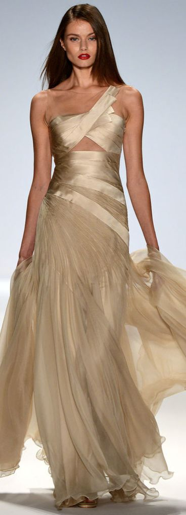 75 best Gorgeously Golden images on Pinterest | Evening gowns ...