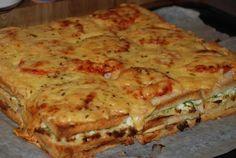 Det här receptet har jag fått av min kompis Ellinor och det är bara sååå gott!! ca 4-6 port: en formfranska ( det går åt 27 skivor) fyllning 1: 1 1/2 pkt bacon 1 purjolök 3 dl creme fraiche salt &a…