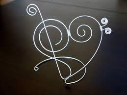 Risultati immagini per ricamo chiave violino