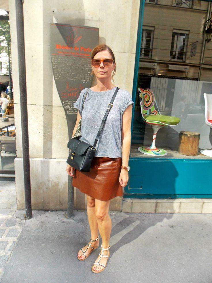 Brown leather skirt #Paris