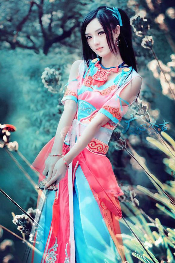 http://www.pinterest.com/uribatake/china/?utm_campaign=recs_150119&utm_term=6&utm_content=217228450715540402&e_t=6b6fbde1c81e49d1aaed258b037117e1&utm_source=31&e_t_s=boards&utm_medium=2004 beautiful girls - asian girls Chinese dress - Hanfu 辕剑外传兰茵COS广心水吉图赏