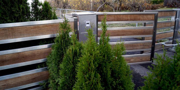 Motorisert port og gjerde i design Serenade med Termoask og rustfritt stål.  Photo Ylva Meltvedt www.forefence.com