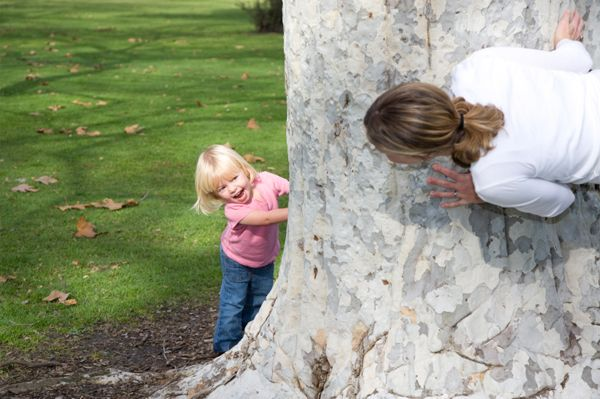 11 fun free games to play with your kids. These games allow you to bond and create memories; while helping your child practice social skills. Games are a great way to pass the time and they giveyour childsomething to do.