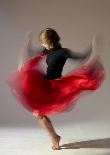 Hilary Shedel Photography (motion)  I love the way colour is used to really capture the motion