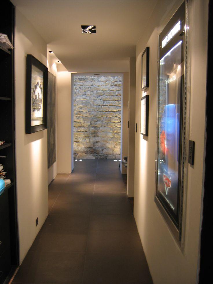 salle de cin ma priv e 7 2 ch et multiroom entree salle de cin ma cadre lumineux pour affiche. Black Bedroom Furniture Sets. Home Design Ideas