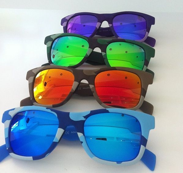 Italia Independent comouflage solbriller.