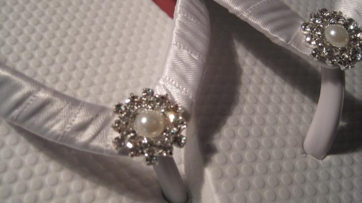 Deluxe So Sweet Bride Charlotte Pearl and Rhinestone Center Bridal Wedding  Flip Flops