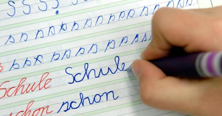 Focus.de - Fit am Tablet, mies mit dem Füller: Können nicht mehr mit der Hand schreiben - Lehrer schimpfen über Digital Natives - Können nicht mehr mit der Hand schreiben - Lehrer schimpfen über Digital Natives