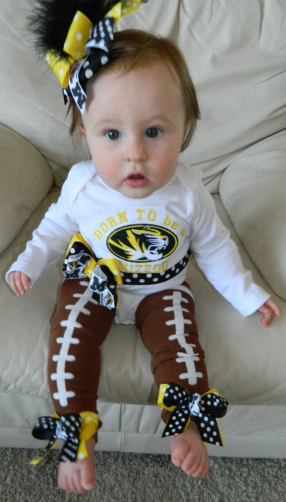 Would love to have this with a Hawkeye on it. The leg warmers are precious!: My Girl, Baby Ideas, Future Kids, Future Baby, Baby Girls, Kids Funny, Ncaa Team, Baby Stuff