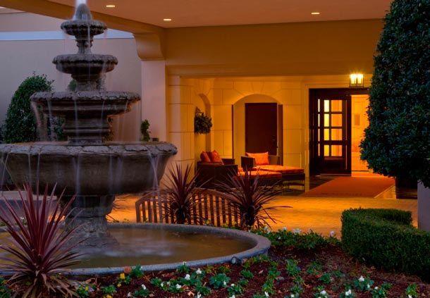 Charlotte Marriott SouthPark Hotel Entrance