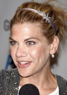 Remember Kristen Johnston from 3rd Rock? She has a new show, The Exes, on TvLand and her new book out called GUTS. This is the most honest, real funny and sometime hilarious book about alcoholism, addiction and seeing life now through clear eyes. Love her truth... #hawaiirehab www.hawaiiislandrecovery.com