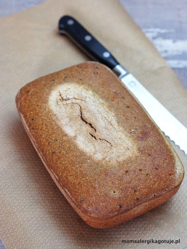 bezglutenowy chleb na zakwasie jaglanym
