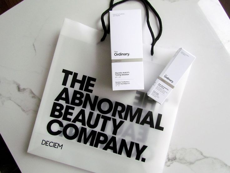 Adding fuel to the hype surrounding The Ordinary from Deciem The Abnormal Beauty Company. I tested two products out and my thoughts are now on the blog! . . . #deciem #theordinary #crueltyfree #madeincanada #toronto #bblogger #bbloggersCA #beauty #makeup #skincare #review #nancymac #theabnormalbeautycompany #glycolicacid #primer #beautyblogger #beautybloggers #torontoblogger #flatlay #marble #minimal #skinroutine